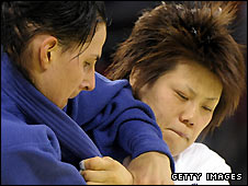 Japan's Masae Ueno (left)