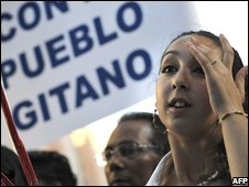A Gypsy girl in Spain protests against Italian government measures