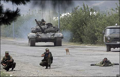 Russian troops on outskirts of Gori