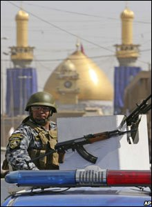 Iraqi policeman in Karbala, 15 August 2008