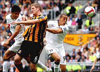 Seol Ki-Hyeon, Bobby Zamora, Fulham; Michael Turner, Hull City