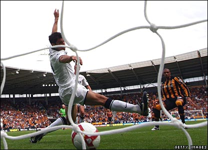 Caleb Folan scores for Hull City