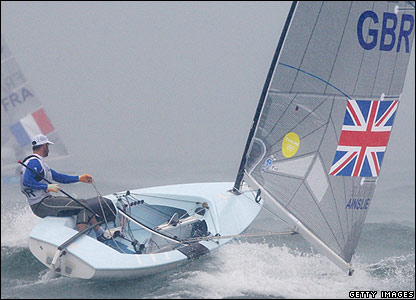 Ainslie masters the conditions