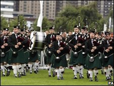 Pipers at the event