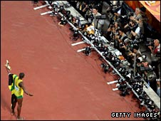 The world's media greet Usain Bolt