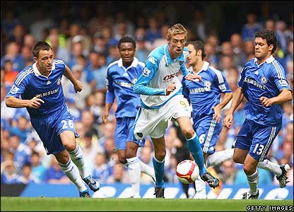 Former Liverpool striker Crouch plays his first match for Portsmouth