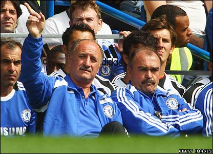 Scolari urges his players on