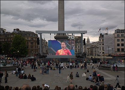 Joanne Simpson visited Trafalgar Square in London to watch the women's gymnastics on the big screen