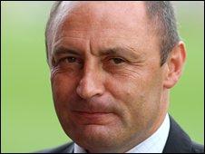 Swindon Town Manager Maurice Malpas