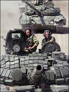 Russian tanks move near Gori, Georgia. Photo: 19 August 2008