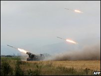 Georgian artillery firing at South Ossetian separatists