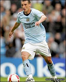 Manchester City midfielder Elano