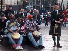 Buskers in Glasgow/Pic: Mariam Penman