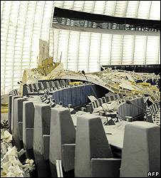 Debris in European Parliament chamber, 13 Aug 08
