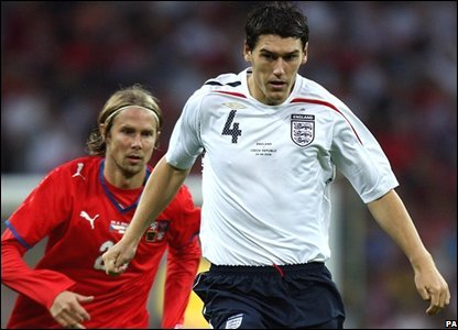 Gareth Barry (right) tussles with Czech Republic's Jaroslav Plasil