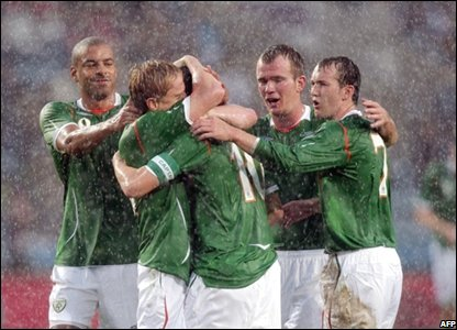 Robbie Keane scores for Republic of Ireland