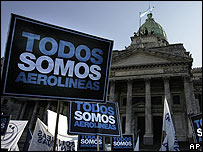 Protesta frente al Congreso argentino