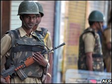 Indian Central Reserve Police Force troopers in Srinagar, 24/08