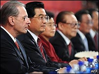 Jacques Rogge y Hu Jintao