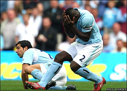 Tal Ben-Haim, Micah Richards, Manchester City