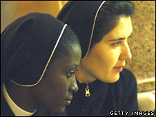 Nuns at Rome's Gregoriana University in November 2006
