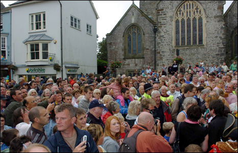 Hundreds of people gathered in Tenby to greet the runner
