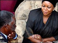 Michael Sata talking to Maureen Mwanawasa in Chipata