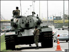 A tank on a highway in Bangkok, on 25 September 2006