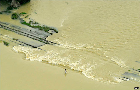 Bihar Floods, Train Tracks