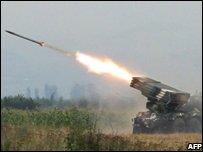 Georgian artillery fire at South Ossetian separatists