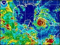 Imagen satelital mostrando el avance de Gustav sobre Cuba y el Golfo de México