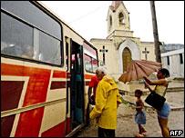 Кубинцы эвакуируются