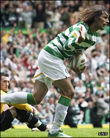 Giorgios Samaras wheels away in celebration