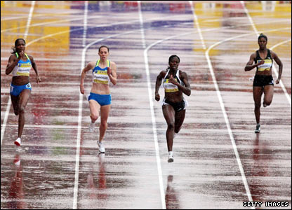 The women's 400m race