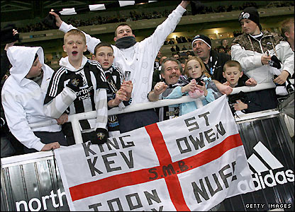 Newcastle United fans celebrate Keegan's return