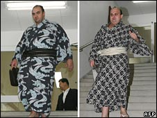 Russian sumo wrestlers Roho (L) and Hakurozan (R) in Tokyo on 2 September 2008