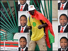 Opposition National Union for the Total Independence of Angola (Unita) supporter