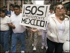 Protesters at an anti-crime demonstration in Mexico City, 30th August 2008
