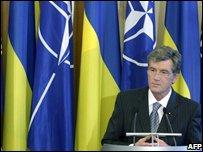 Viktor Yushchenko during talks with Nato (16.6.08)