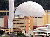 Planta de energ�a nuclear Angra 2 en Brasil