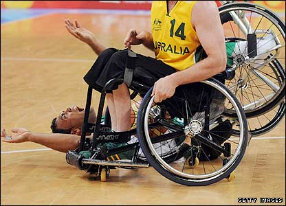 Brazil and Australia in basketball action