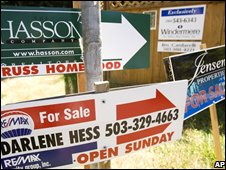 'For sale' signs in the US