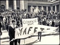 Students protesting in 1968