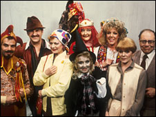 The cast of Rentaghost