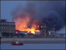 The pier ablaze: pic courtesy of Jean Taylor