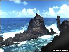 Neptune's Pool in Pitcairn
