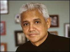 Amitav Ghosh. Credit Jeery Bauer