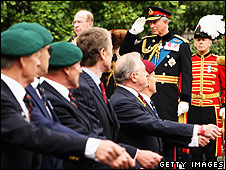 Prince Charles salutes veterans