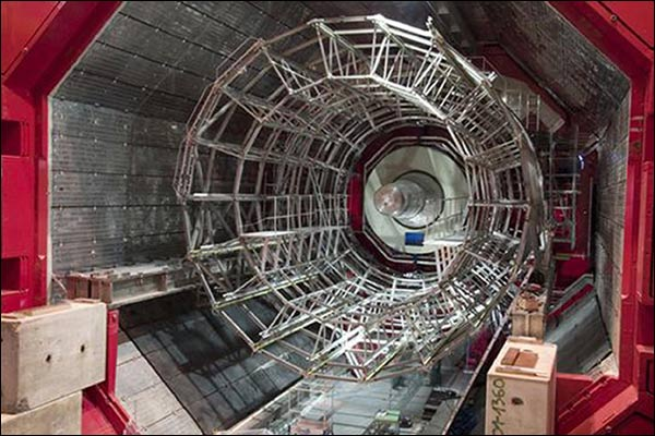 "���� �� ���� ""���� ������� ������"" ������� ������� �� (LHC)"