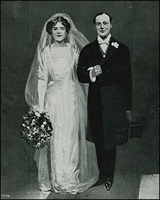 Drawing of Sir Winston and Clementine on their wedding day